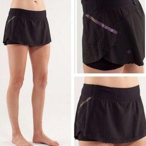 LULULEMON black Run A Marathon skirt skort